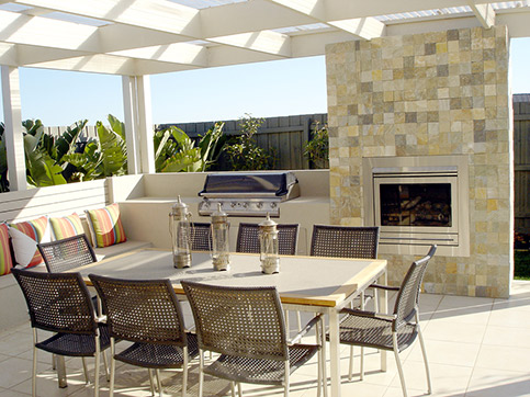 outdoor_pergola_fireplace